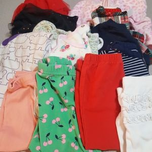 14 PIECES GIRLS CLOTHES SIZE 9 MONTHS